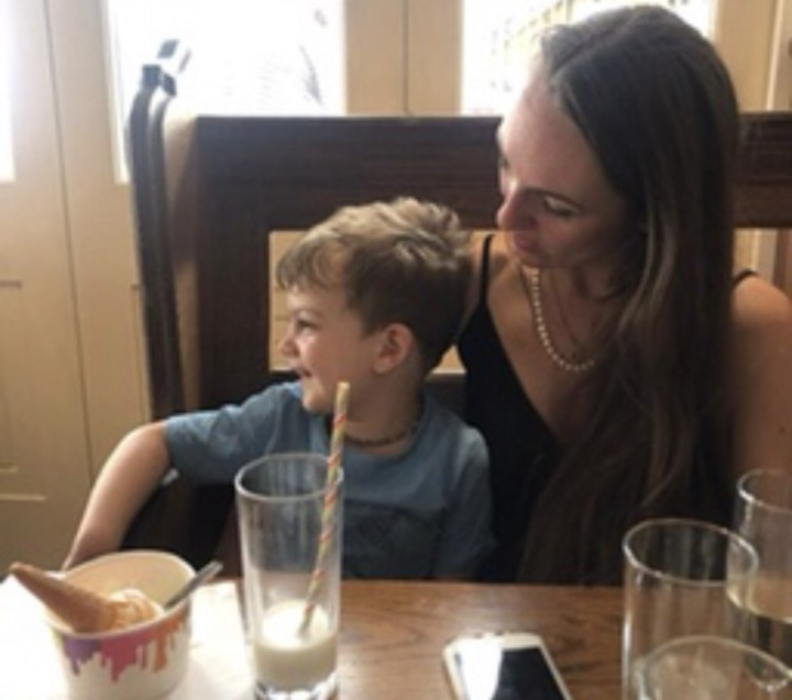 Katy Pearson, Baby Eats Out, Leigh-on-Sea, Essex, Old Leigh