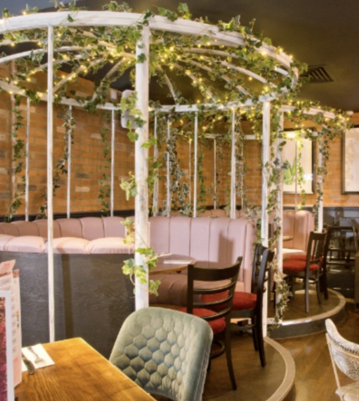 Baby Eats Out, Colchester, Essex, Slug and Lettuce